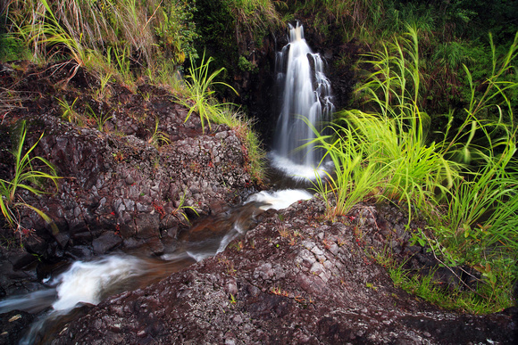 Secret hidden waterfalls Hilo Hawaii Big Island